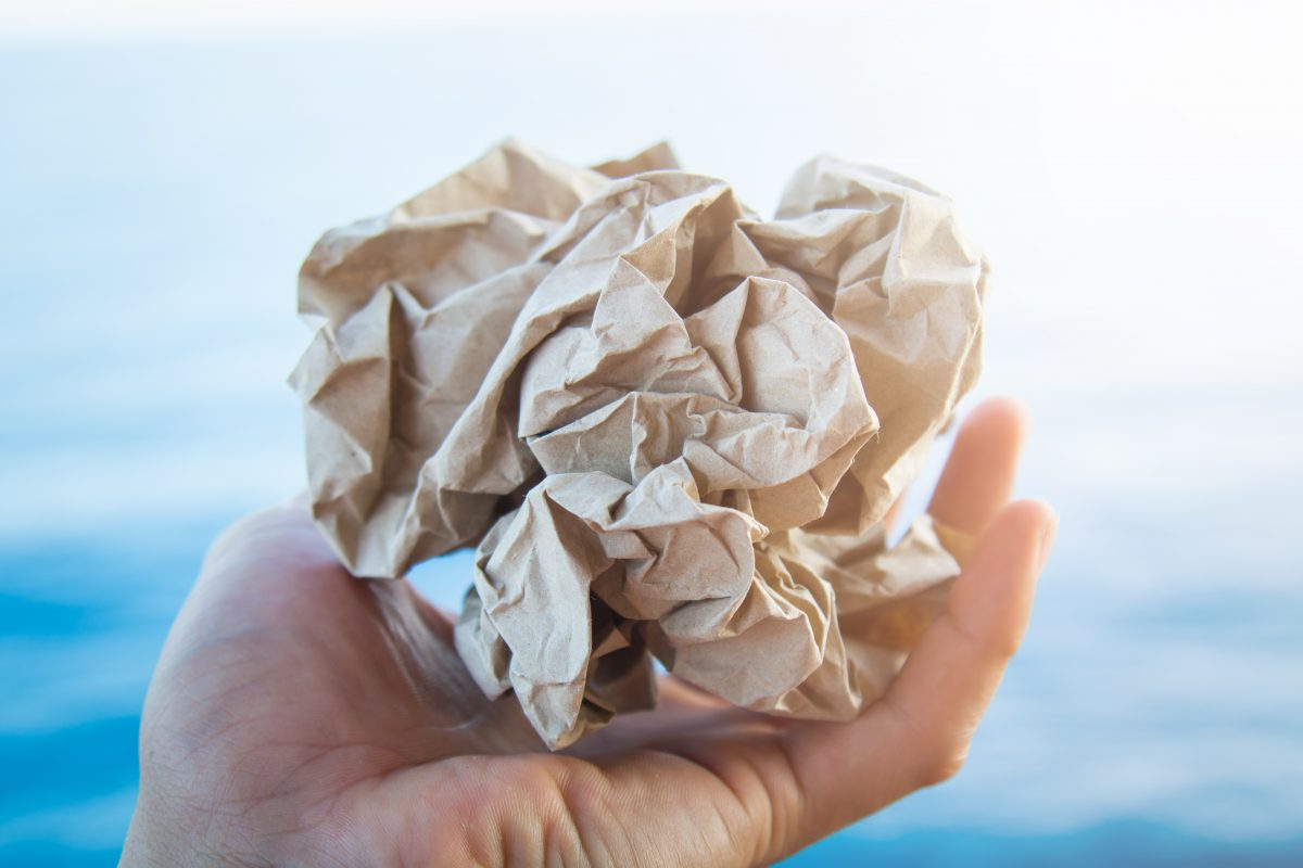 Wat zegt wet en regelgeving over omgang met kantoorafval?